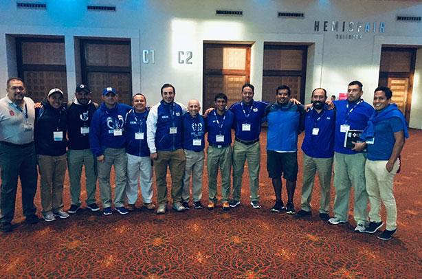 Staff de coaches de Borregos CCM en su capacitación