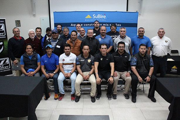 Los representantes de las instituciones participantes