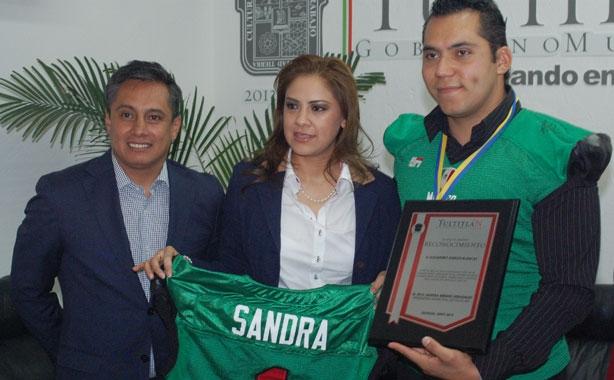 Lic. Fernando Platas, MED Sandra Méndez, Lic. Alejandro García
