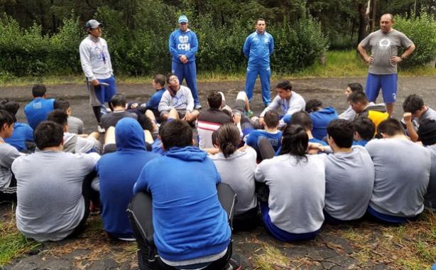 Coaches y jugadores convivieron en la montaña