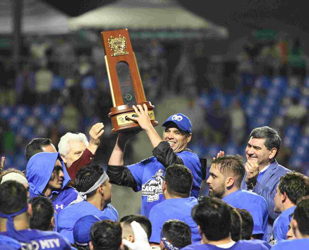 Festejan Borregos Monterrey vigésimo título